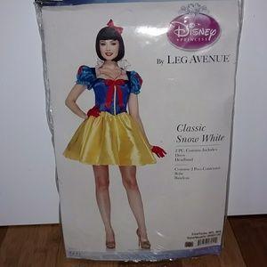 New Disney Princess Snow White Costume